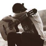 موزیک ویدیو دلخوشی از امیر عباس گلاب